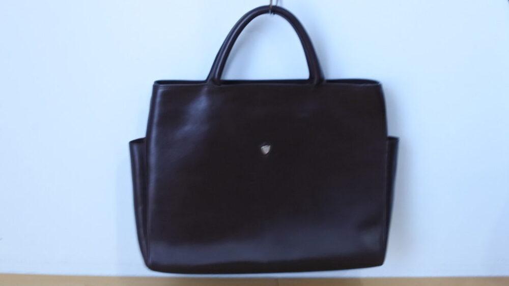 シャンボールセリエの革鞄