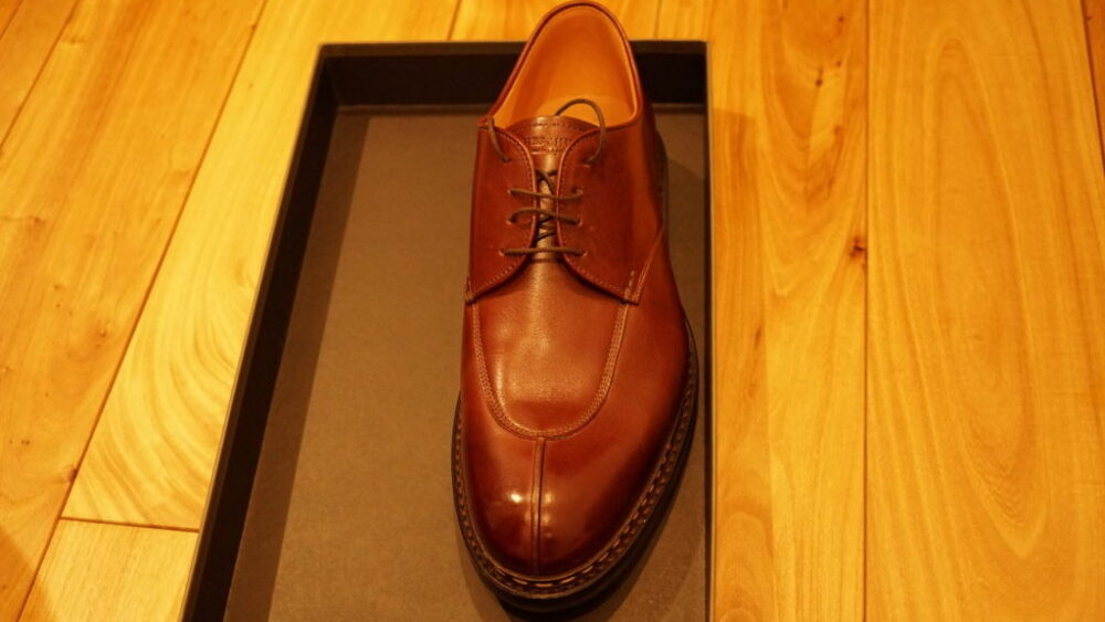 エシュン革靴